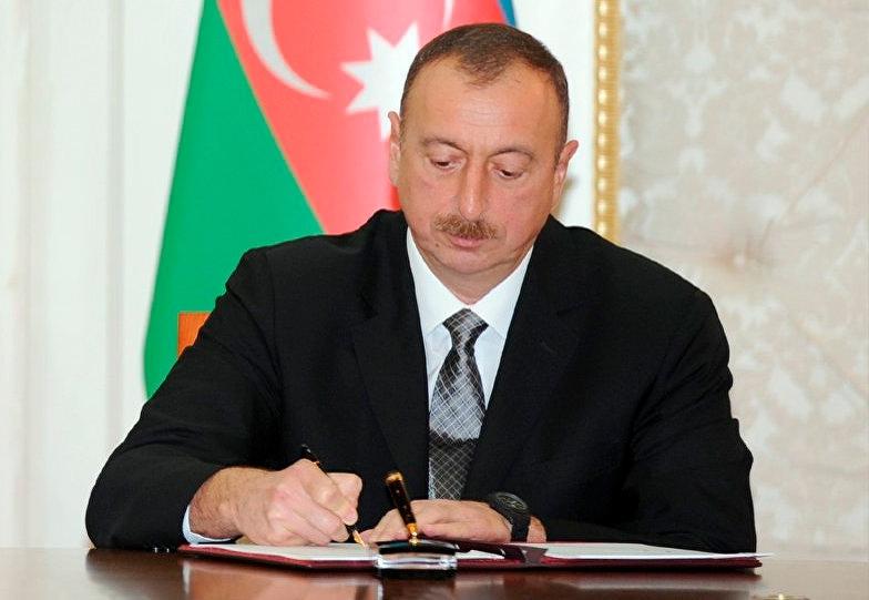 Ölkə başçısı 5 milyonluq SƏRƏNCAM imzaladı