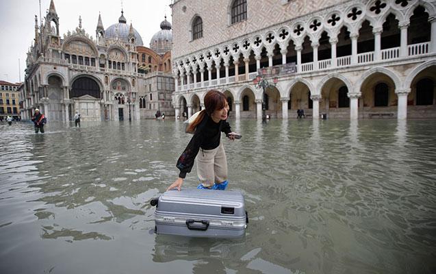 Venesiyada 53 il sonra ilk dəfə böyük daşqınlar oldu