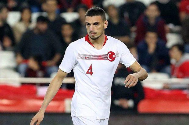 """""""Barselona"""" gələn ay bu türk futbolçunu ala bilər –"""