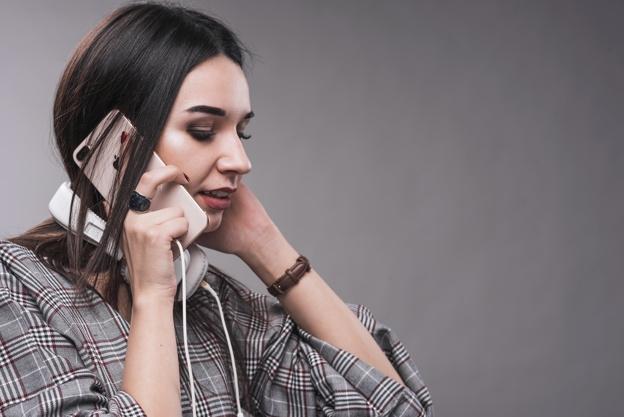 Telefon danışığınızı kim dinləyir? –