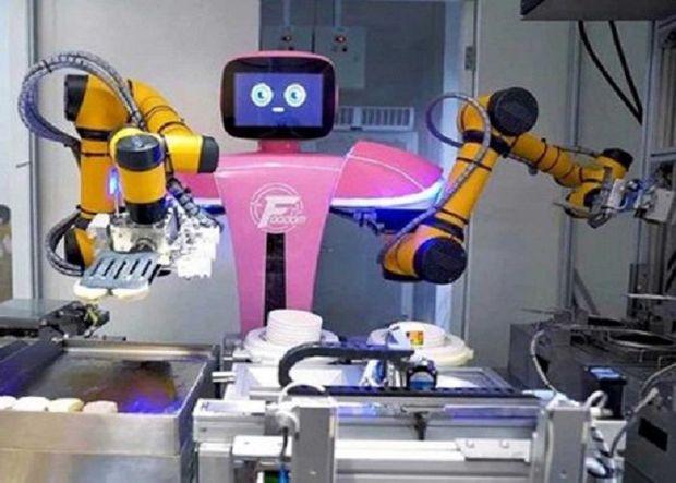 Çində robotlaşdırılmış restoran açıldı –
