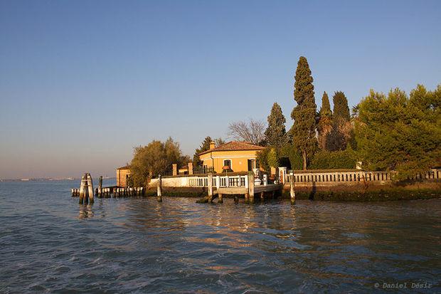 Venesiyada bu qiymətə ada satışa çıxarılıb: Milyonlarla avroya
