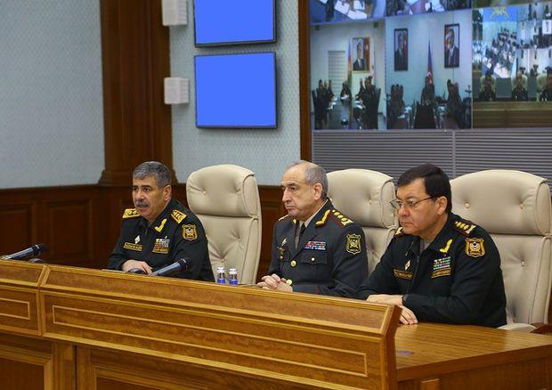 Zakir Həsənov generalları topladı