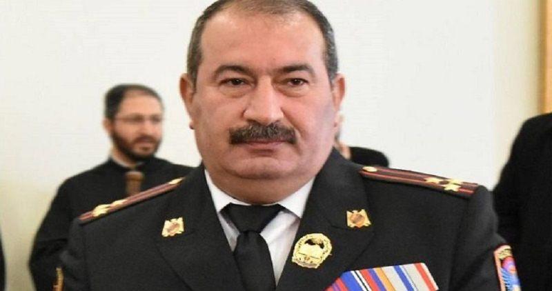Paşinyan 2 generalı qovdu
