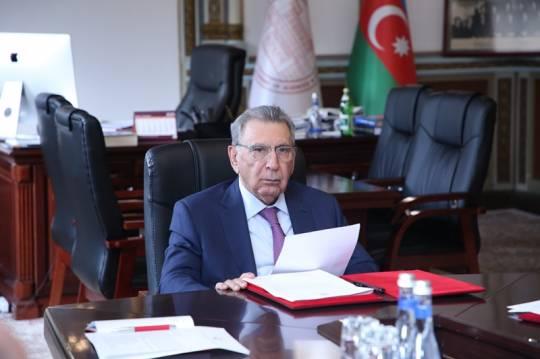 Ramiz Mehdiyev institut direktorunu işdən çıxardı