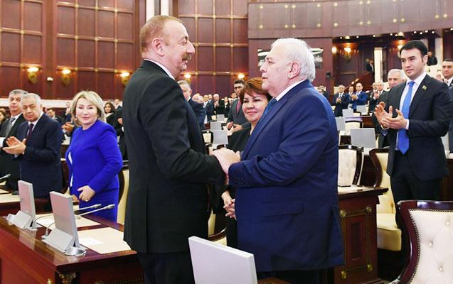 Prezident Oqtay Əsədovla görüşdü