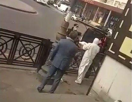 Bakıda bir nəfər küçədə qəflətən öldü –