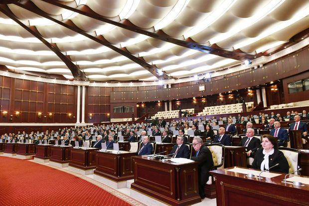 Daha üç qanun layihəsi Milli Məclisin iclasına tövsiyə edilib