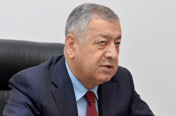 Deputat Zakir Həsənovu tənqid etdi