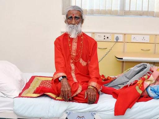 Səkkiz il yeyib içməyən hindistanlı yoq öldü