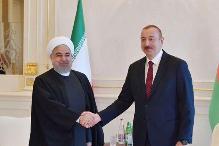 """Prezident Ruhani: """"İranla Azərbaycan geniş əməkdaşlıq və investisiya imkanlarına malikdirlər"""""""
