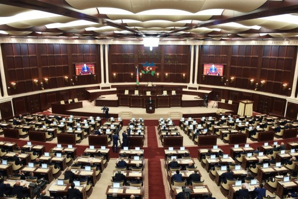 Parlamentin növbəti iclasının vaxtıaçıqlandı