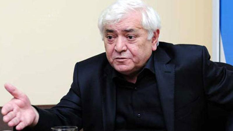 """""""Restoranda 100 adam yemək yeyə bilərsə, bəy və gəlin salona daxil olanda ora virus gətirir? - Aqil Abbas"""